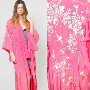 Vintage 80s Japanese KIMONO Pink EMBROIDERED Draped Duster Boho Asian Jacket Maxi Robe