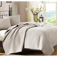 Basketweave Khaki Quilt Bedding Set