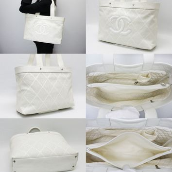 Chanel punching leather tote bag 1ch00275