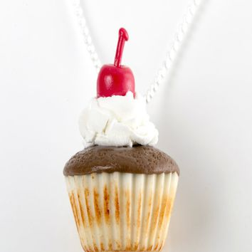 Mocha Cupcake Necklace
