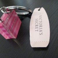 Victoria's Secret Bag Keychain NEW with Tags:Amazon:Office Products