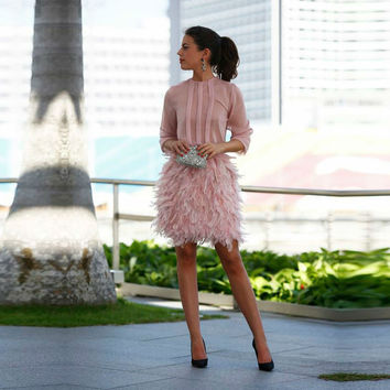 robe de cocktail Sexy Pink Arabic Straight Short Cocktail Dresses 2016 Bow Feathers Dubai Party Dresses With Sheer Sleeves