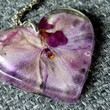 Orchid necklace Statement necklace Summer necklace Heart pendant necklace Resin pendant jewelry Dried flower jewelry