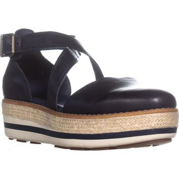 Timberland Emerson Point Closed Toe Sandals, Navy, 9 US