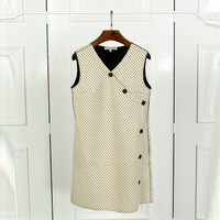 V-Neck Buttoned Design Sleeveless Shift Dress