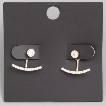Mesmeric Stud Earrings