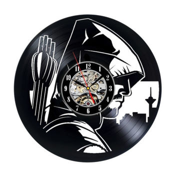 Free Shipping 1Piece Retro DC Comics Superhero Green Arrow Modern Wall Art Vinyl Record Wall Clock Personality 12Inch Time Clock
