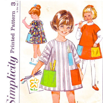 SALE - 1960s Child's Smock or Apron / Vintage Sewing Pattern / Jiffy Smock Simplicity 5603