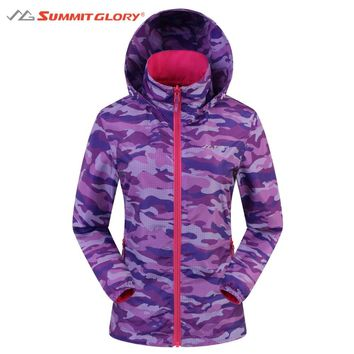 Womens Camouflage Reversible Hooded Jackets Summit Glory Outdoor Clothing 2017 New Autumn Outdoor Clothing for Camping Hiking