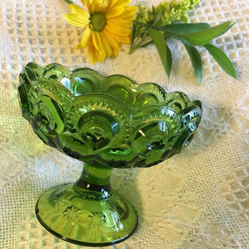 Moon and Star Pedestal Candy Dish Vintage LE Smith Emerald Green Condiment Bowl Candle Potpourri Holder Pressed Crystal Glass Footed Bowl