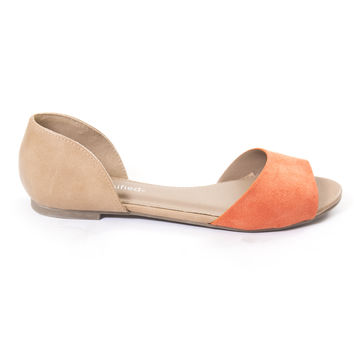 Bristol Open Toe Flats In Coral / Camel