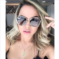 SUNRUN High Quality Sunglasses Women Brand Designer Vintage Sun glasses New Fashion Glasses Cat Eye Women Gafas Oculos 8222