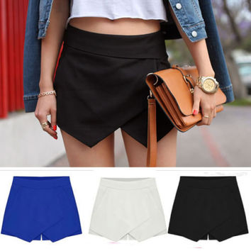 Women Black White Asymmetrical Geometric Shape Irregular Shorts Invisible Zipper