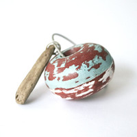 The Nautical Keychain with brown sea wood with cable wire keyring