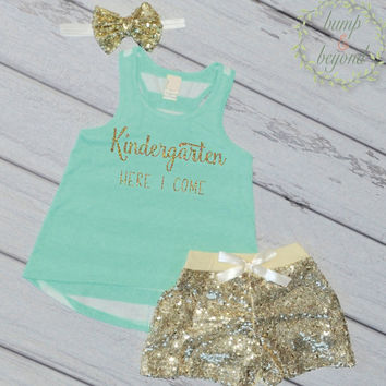 Look Out Kindergarten Here I Come First Day of School Photo Prop Last Day of Preschool Shirt Preschool Graduation Kindergarten Outfit 229