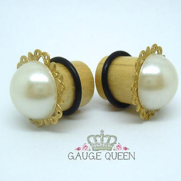 "Brass Faux Pearl Plugs / Gauges. 6g / 4mm, 4g / 5mm, 2g / 6mm, 0g / 8mm, 00g / 10mm, 1/2"" / 12mm, 9/16"" / 14mm by Gauge Queen on Etsy"