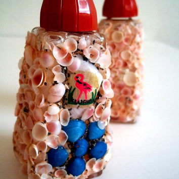 Vintage Salt and Pepper Shakers: Pink Seashells, Florida, Flamingos
