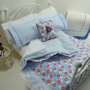 French Miniature, Blue Floral Quilt, Small Blanket, Tiny Quilt, Dolls Bedding, Country Farmhouse, Cottage Chic Bedroom, Inch Scale, Artisan