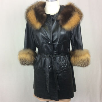 Vintage Leather Coat with Fur Trim size Medium