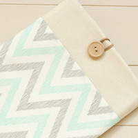 iPad mini case, iPad mini sleeve, Tablet case Kindle fire 7, Nexus 7, Galaxy / Aqua Grey Chevron