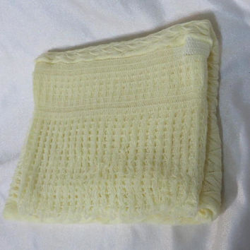 Vintage 70s Blanket Baby Orlon Acrylic Layette Throw Knit Light Yellow Unisex Infant Lightweight