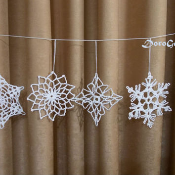 Crochet snowflakes, lace snowflake, Christmas tree decoration, tree ornaments, white rustic ornaments, crochet ornament, Set of 6