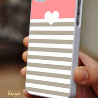 Heart Stripes - iPhone 4 / iPhone 4S / iPhone 5 / Samsung S2 / Samsung S3 / Samsung S4 Case Cover