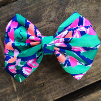 "Lilly Pulitzer ""Loves Me"" Inspired Hair Bow"