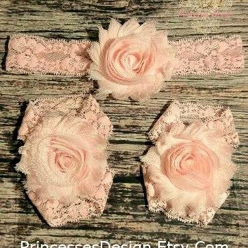 Light Pink Shabby and Lace Headband and Barefoot Sandals Set / Baby Headband / Toddler Headband / Infant Headband / Barefoot Sandals / Bows