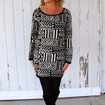 The Good Life Sweater Tunic: Black And White