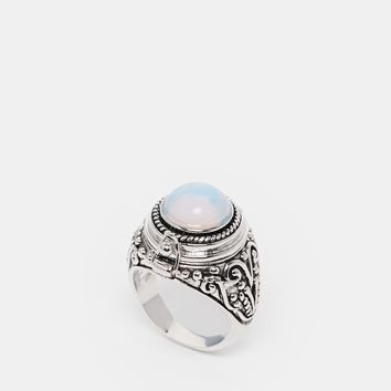 Rock 'N Rose Alma Moonstone Poison Ring