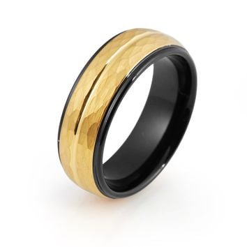 Black Tungsten Ring Yellow Gold Wedding Band Ring Man Tungsten Carbide 8mm 18K Tungsten Hammered Ring Mens Wedding Band Male Women Anniversary Promise Two Tone Stepped