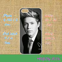 One Direction  1D -- iPhone 4 case , iphone 5 case , ipod touch 4 / 5 case, samsung galaxy S3 / S2 case in black or white