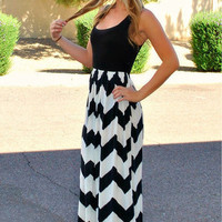 Black Sleeveless Wave Stripe Print Maxi Dress