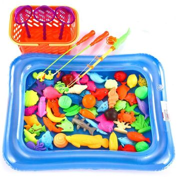 O-Toys 67 Pieces Fishing Toy Bath Magnetic Toys Waterproof Floating Fish Playsets with Pool Learning Education Toy Set for Kids (Pool Color in Random)