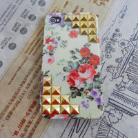 Fashion golden pyramid stud flowers Hard Case For iPhone 4 Case, iPhone 4s Case, iPhone 4 GS Case ,case cover-089