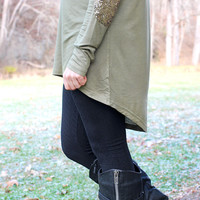 Patches O'houlihan Top - Olive