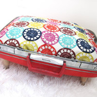 Vintage Premium Upcycled Suitcase Pet Bed 2