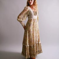 1970s dress . 70s full length gunne sax dress . lavender and pink with embroidered bodice . size 5 gunne sax dress