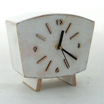 NO TICKING Wood clock Table, Silent / Quiet Desk Clock White, Wood clock, Vintage Style, Unique Wedding gift, Mantle clock, White decor
