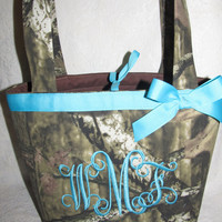 FREE SHIPPING custom handmade mossy oak infinity camo camoflauge purse / handbag you choose name