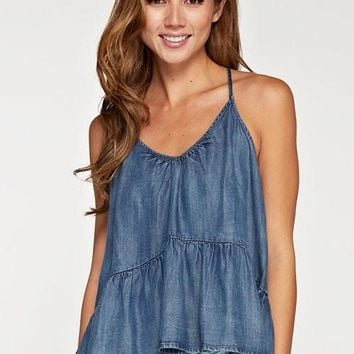 Passport To Anywhere Top - Med Wash