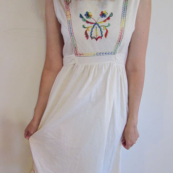 Vintage Cream Flour Sack Boho Hippie Embroidered Flower Maxi Dress