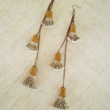 Very Long Earrings | Cardboard Dangle Shoulder Dusters | Recycled Modern Jewelry | Eco Friendly | Ready to Ship / Σκουλαρίκια από Χαρτόκουτο