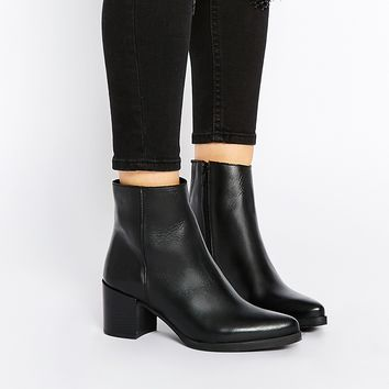 Warehouse Pointed Toe Heeled Ankle Boots
