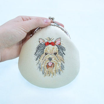 Hand embroidered yorkshire terrier coin purse | Dog Pouch | Dog portrait cross stitch | Linen embroidered cosmetic purse | Metal frame purse