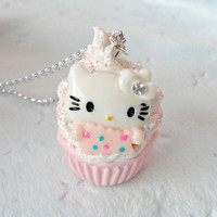 Hello Kitty Cupcake Necklace, Cute and Kawaii :D
