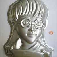 Harry Potter Cake Pan Wilton Birthday Gelatin Mold Baking Craft 2001 Clean USED