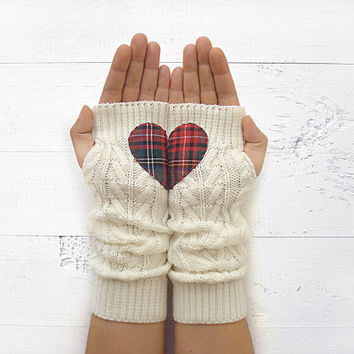 VALENTINE'S DAY Gift, Heart Gloves, Arm Warmers, White, Plaid Heart, Long Gloves, Valentine's Gift, Romantic Gift, Gift For Her, Fingerless