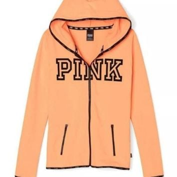 Victoria's Secret PINK printing hooded pattern and long sleeved sweater Tagre™